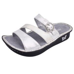 New Alegria Colette Platinum Metallic Sandals